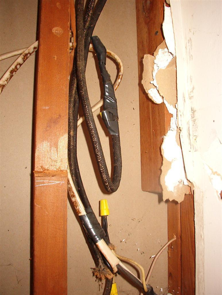 Photos Of The Houseflip Wiring Junction Box Hidden Photo 10 Discovering More Wonderful That Was Behind Sheetrock Notice There Are No Boxes Any Kind